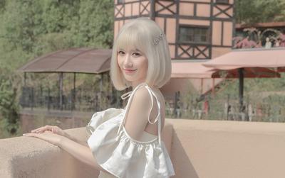 Hari Won gây ngỡ ngàng với mái tóc bạch kim, hé lộ MV ballad 'đốn tim' sắp lên sóng