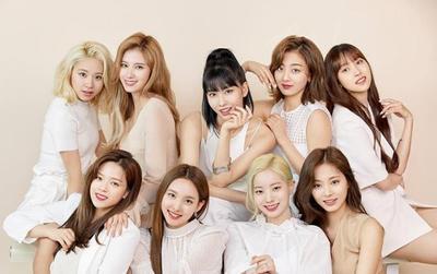 Nghệ sĩ nữ Kpop 'tẩu tán' nhiều album nhất 2019: TWICE dẫn đầu áp đảo, BlackPink và Red Velvet cùng trong top 5