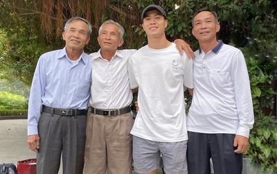 Hình ảnh đầu tiên của Công Phượng tại Việt Nam