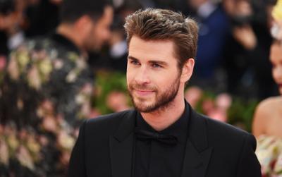 Liam Hemsworth mắc bệnh sỏi thận vì ăn kiêng với chế độ thuần chay