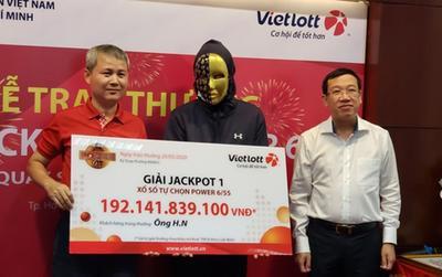 Người đàn ông trúng giải Jackpot trị giá 192 tỷ