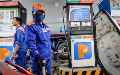 Chiều nay 27/6, giá xăng dầu tăng lần thứ 4 liên tiếp