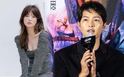 Song Joong Ki hốc hác bên Kim Tae Ri tại họp báo, Song Hye Kyo 'đáp trả' bằng bộ ảnh khoe body
