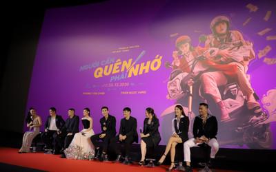 'Người cần quên phải nhớ': Phim Việt đầu tiên làm họp báo online, Hoàng Yến Chibi nam tính cùng một chàng trai mới