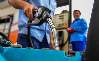 Giá xăng giảm từ 15h hôm nay, lần đầu tiên sau hơn 4 tháng