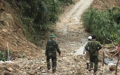 Thông tuyến đường vào thủy điện Rào Trăng 3, tiếp tục tìm kiếm 12 công nhân mất tích