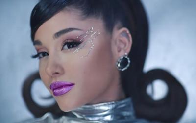 34+35: Ariana Grande xoạc cực đỉnh trong MV mới nhất