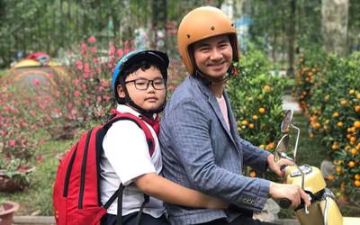 Màn tái xuất của con trai Xuân Bắc, tiết lộ lý do muốn đi học khiến bố mẹ 'cạn lời'