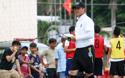 Chủ tịch Nguyễn Hữu Thắng: CLB TPHCM đá vì người hâm mộ, khát khao danh hiệu