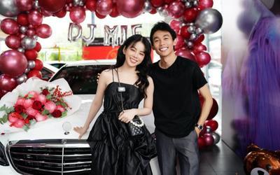 Hậu bị đồn 'đường ai nấy đi', Hồng Thanh nắm chặt tay DJ Mie đi nhận xế hộp mới