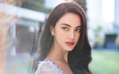Mai Davika chính thức vượt mặt nữ minh tinh gạo cội Aum Patcharapa để lập kỷ lục này tại Thái Lan