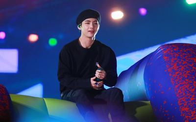 V (BTS) khẳng định vị thế 'ông hoàng fancam' với kỉ lục mới trên Youtube