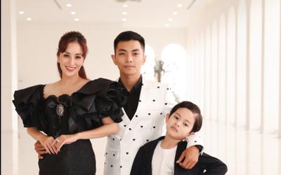 Con trai Khánh Thi - Phan Hiển bảnh bao theo bố mẹ đi sự kiện
