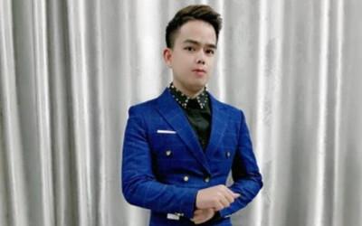 Phong Huy: cầu nối từ sóng livestream 'bùng cháy' niềm đam mê với ca hát và sáng tác