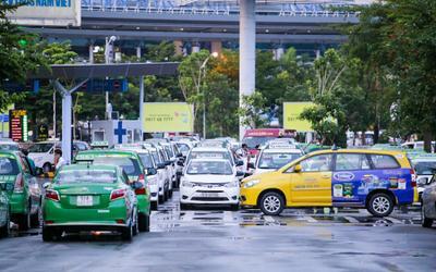 Khuyến cáo taxi, xe công nghệ không mở điều hòa, phải mở kính khi chở khách tại TP.HCM từ ngày 22/5