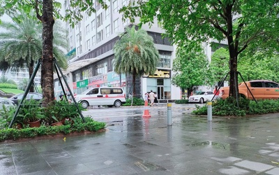 Hà Nội: Người phụ nữ nghi rơi từ tầng 18 chung cư cao cấp xuống đất tử vong