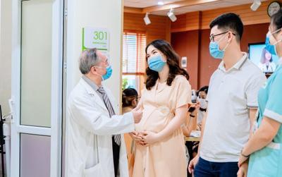 Chị gái Hòa Minzy 'mách nhỏ' mẹ bầu 5 tiêu chí chọn bệnh viện đi đẻ mùa dịch
