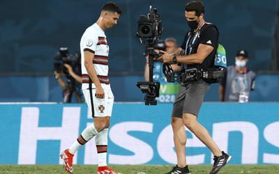 Bỉ tiễn Bồ Đào Nha và Ronaldo về nước!