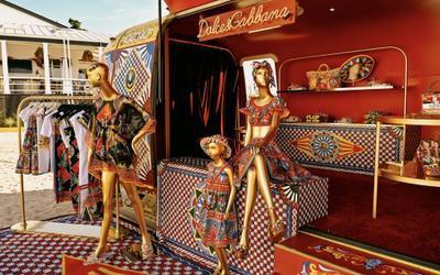 Dolce & Gabbana khiến giới mộ điệu phát sốt khi mang cả Địa Trung Hải vào cửa hàng pop-up