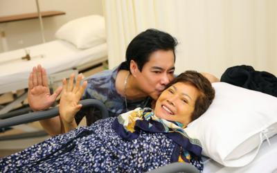 Mẹ đột ngột qua đời, ca sĩ Ngọc Sơn đau xót vì không thể về chịu tang do dịch COVID-19