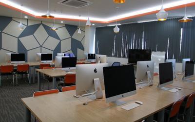 'Trường người ta' đầu tư phòng lab 100% iMac, xây cả khách sạn 5 sao trong khuôn viên