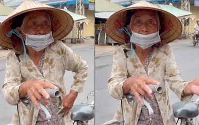 Nhói lòng câu nói của cụ bà nhận được quà giữa mùa dịch: 'Nãy xin 3kg gạo mà họ làm bà mắc cỡ quá'