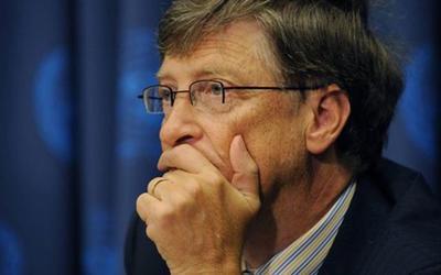 Bill Gates 'suýt khóc', ám chỉ ly hôn là do lỗi của mình
