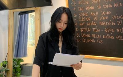 Cô giáo Minh Thu gây sốt cõi mạng: 20k học sinh theo dõi livestream; Độ Mixi, PewPew cũng vào 'hóng hớt'