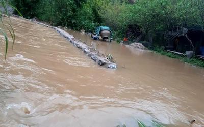 Mưa lớn kéo dài gây ngập lụt ở huyện vùng cao Nghệ An