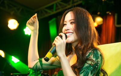 Nam Em bất ngờ hát live tiếng Thái, tiết lộ đang đối mặt với căn bệnh tiêu cực