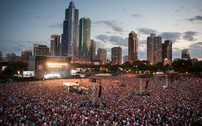 Cảnh tượng gần 400 nghìn người chen chúc nhau trong concert tại Mỹ khiến nhiều người sợ hãi