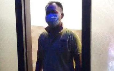 Bị 'trù ẻo' nhiễm COVID-19, người đàn ông vượt chốt kiểm dịch trong đêm đến nhà đánh bạn nhập viện