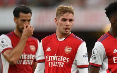 118 năm qua, chưa bao giờ Arsenal khởi đầu thảm họa đến thế