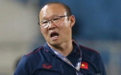 Ông Park và CĐV Việt Nam cần từ bỏ thói quen phản ứng trọng tài
