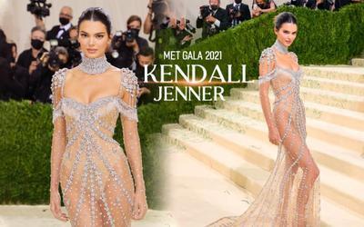 Met Gala 2021: Kendall Jenner đẹp nín thở với váy đính đá xuyên thấu soi rọi cơ thể