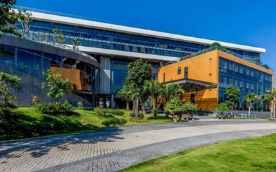 Bị sinh viên và phụ huynh phản ứng về chính sách học phí, Đại học Văn Lang nói gì?