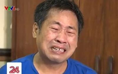 Hoàn cảnh gia đình khó khăn, ông bố bật khóc vì không thể mua điện thoại cho con học online