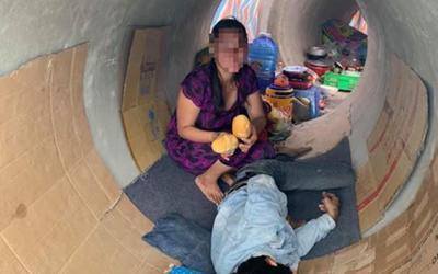 Sự thật bất ngờ đằng sau bức ảnh cặp đôi 'không có nơi trọ, phải chọn ống cống làm nơi trú thân'