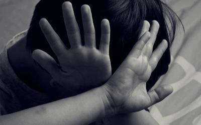 Bé gái 6 tuổi ở Hà Nội tử vong bất thường, có dấu hiệu bị bạo hành
