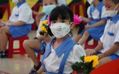 Sau 3 ngày đi học, 1.800 học sinh một xã ở Hải Dương tạm dừng đến trường vì phát hiện ca F0 cộng đồng