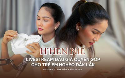 H'Hen Niê live streams đấu giá trang sức, mua sách giáo khoa cho đồng bào dân tộc thiểu số