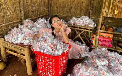 Bị nhắc khéo việc làm từ thiện, YouTuber Thơ Nguyễn: 'Tự biết mặt không uy tín nên không kêu gọi'