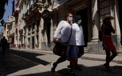 Tự chủ 'vũ khí' vắc xin Covid-19, Cuba bắt đầu mở cửa lại kinh tế