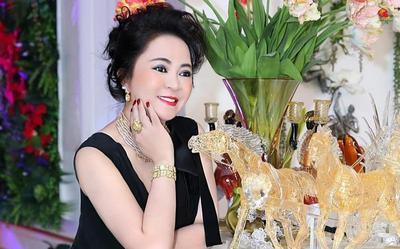 Gia đình liên tiếp bị CĐM tấn công, bà Phương Hằng viết tâm thư gửi chồng con 'lời xin lỗi từ đáy lòng'