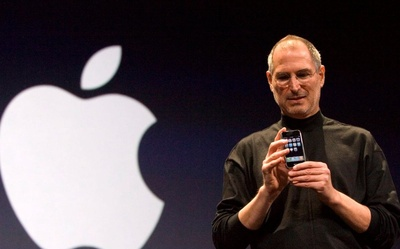 Nội bộ Apple bất ổn giữa lúc iPhone 13 thắng lớn