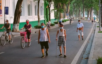 Từ 28/9 Hà Nội cho phép người dân tập thể dục ngoài trời, mở cửa trung tâm thương mại, thời trang