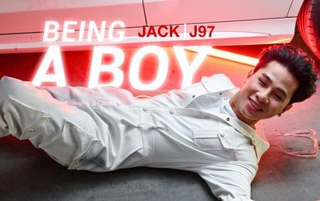 Tên MV 'Là 1 thằng con trai' bị đổi thành 'Being A Boy', Jack đang tham vọng quốc tế hoá âm nhạc?