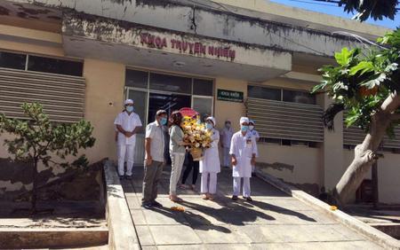 Bệnh nhân 'siêu lây nhiễm' số 34 cùng 9 người được chữa khỏi COVID-19