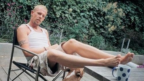 10 điều ít ai biết về cuộc tình của 'gã bạo chúa couture' Alexander McQueen