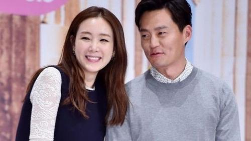Sao 'Bản tình ca mùa đông' phản hồi tin bí mật hẹn hò Lee Seo Jin